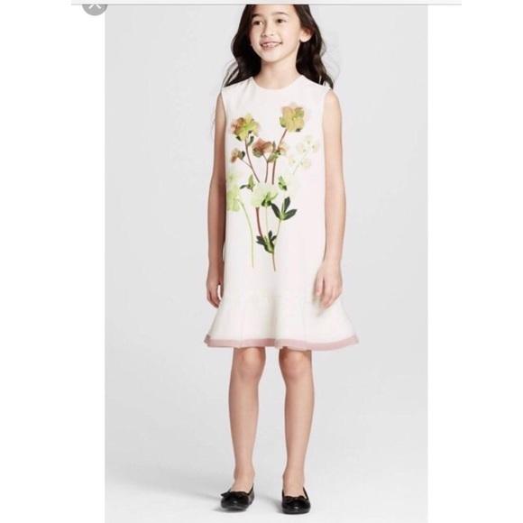 b54657bea06521 Victoria Beckham for Target Dresses   White Floral Dress   Poshmark